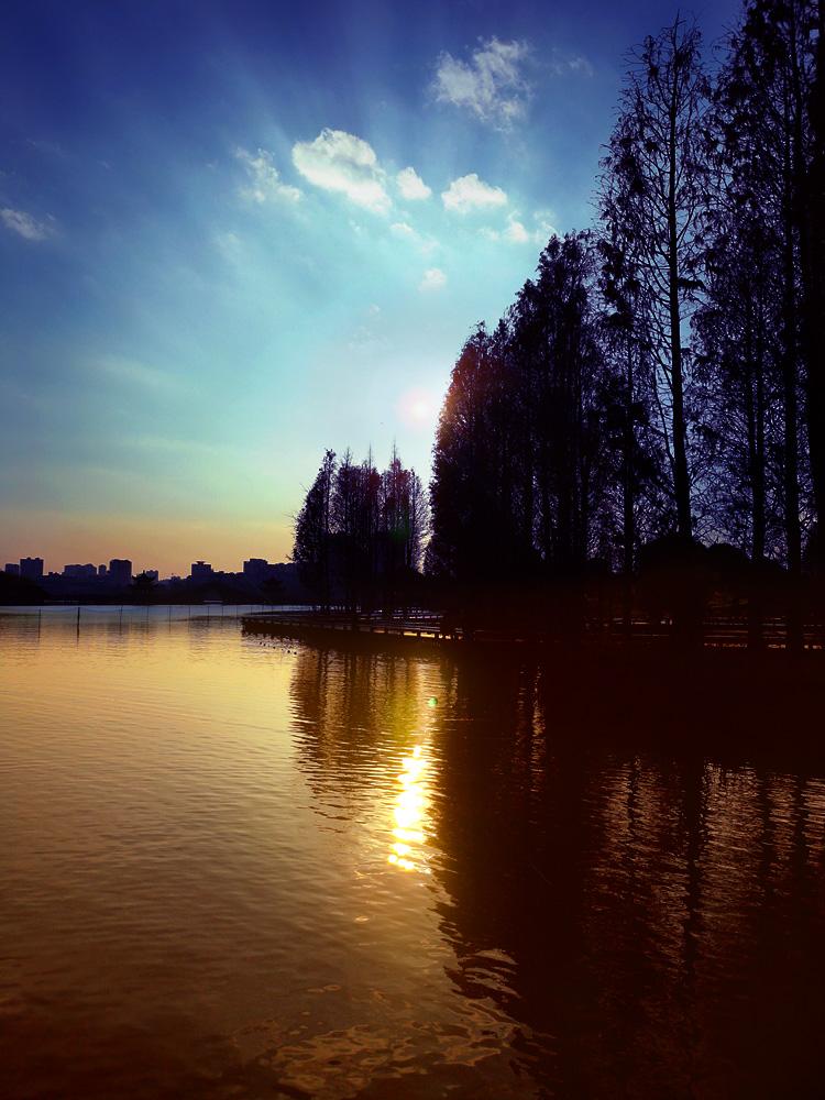 http://www.shadowli.com/images/EcologicalPark03.jpg