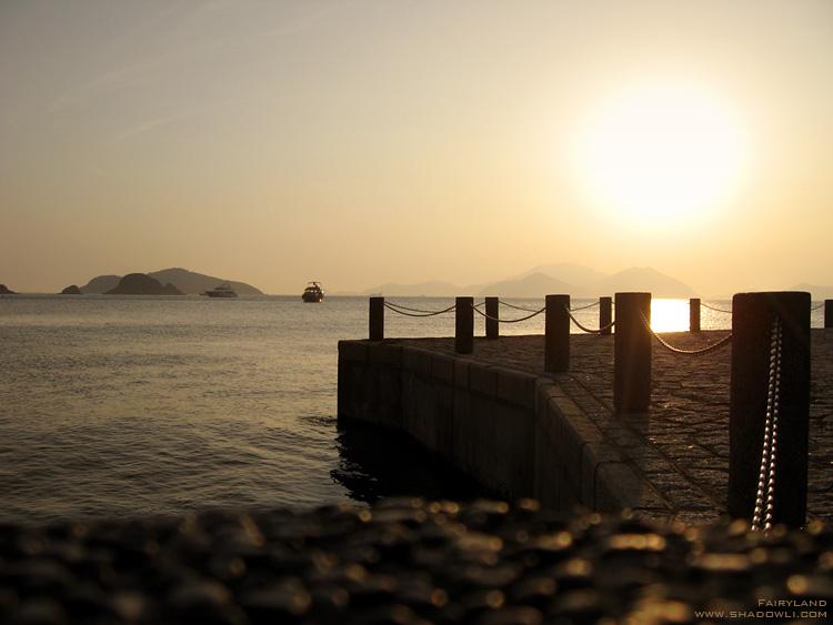 http://www.shadowli.com/images/Hong-Kong-Repulse-Bay-01.jpg